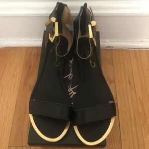 Women's Report Signature Louie Black Sandals